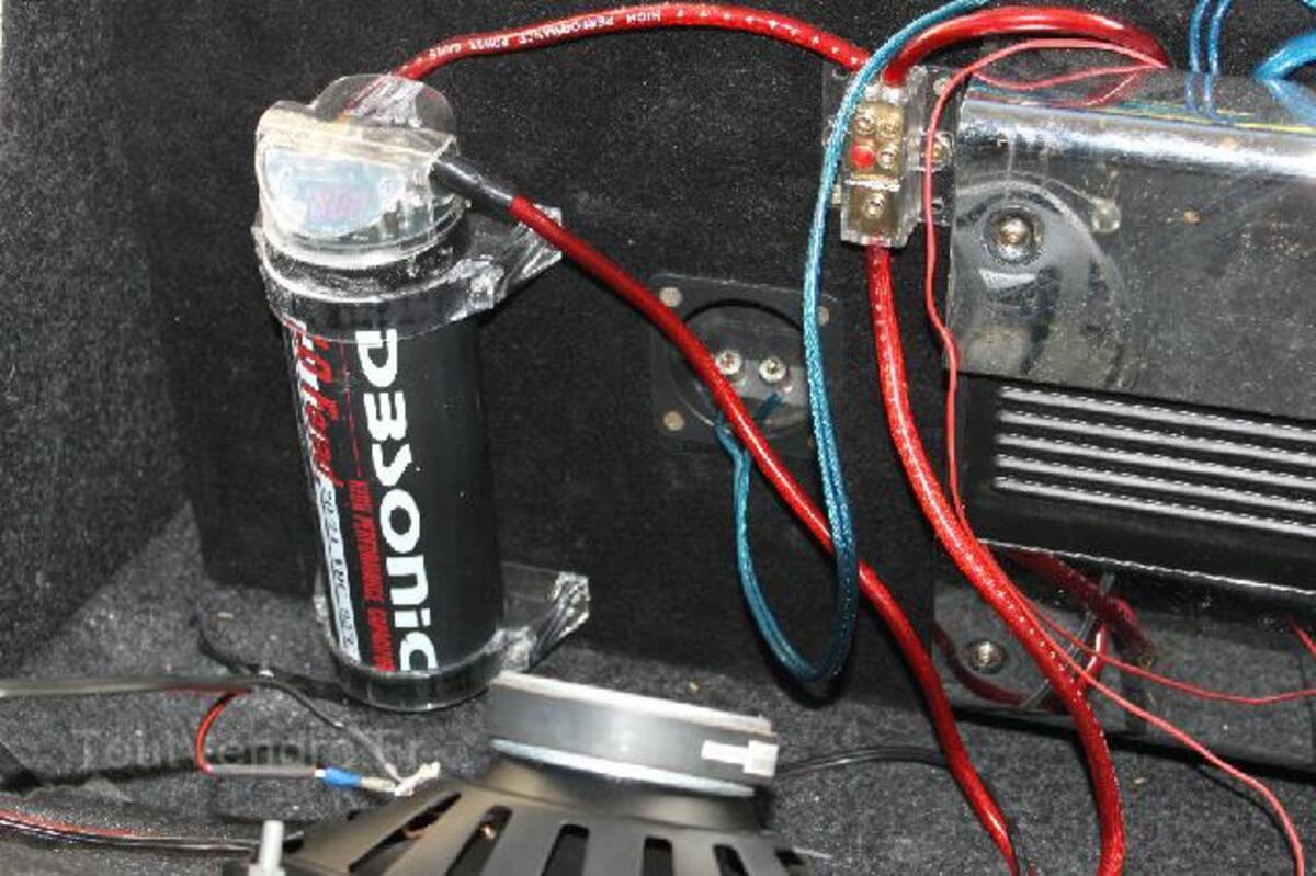 Subwoofer O2, Ampli et Condensateur 91498134