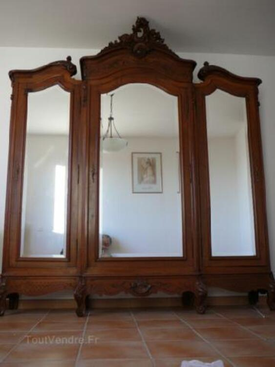 Superbe chambre ancienne style Louis XV 104946719