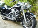 Superbe HARLEY DAVIDSON ROAD KING