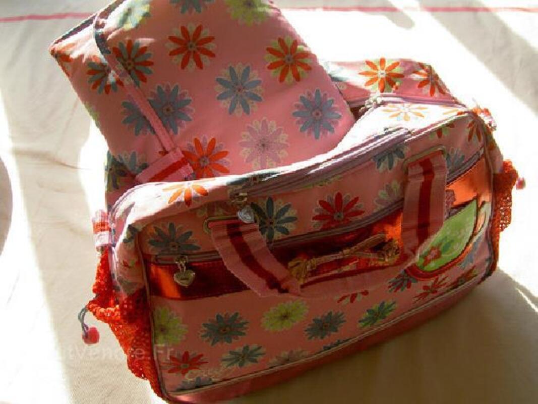 Superbe sac à langer ou à main femme oilili 93020155