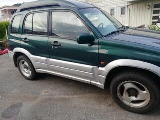 Suzuki Grand Vitara GR VITARA 2.5-144 4X4 Année modèle 2001