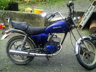 Suzuki zr
