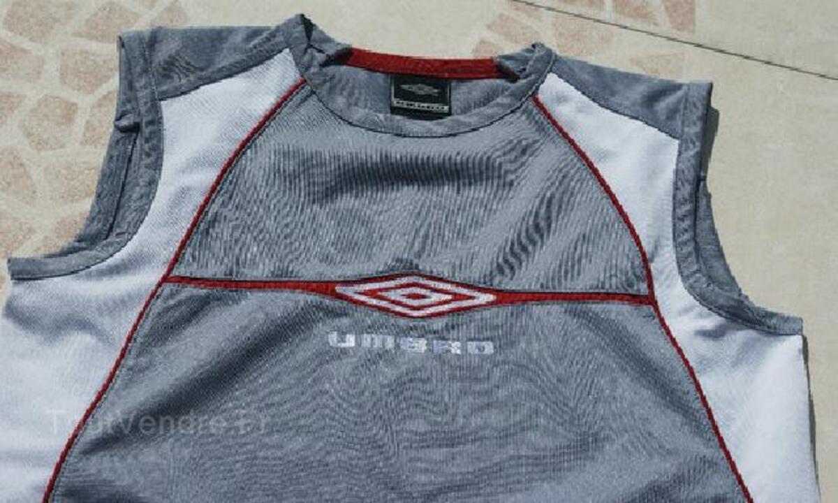 T-shirt/Débardeur gris UMBRO garçon T.14 ANS 105419248