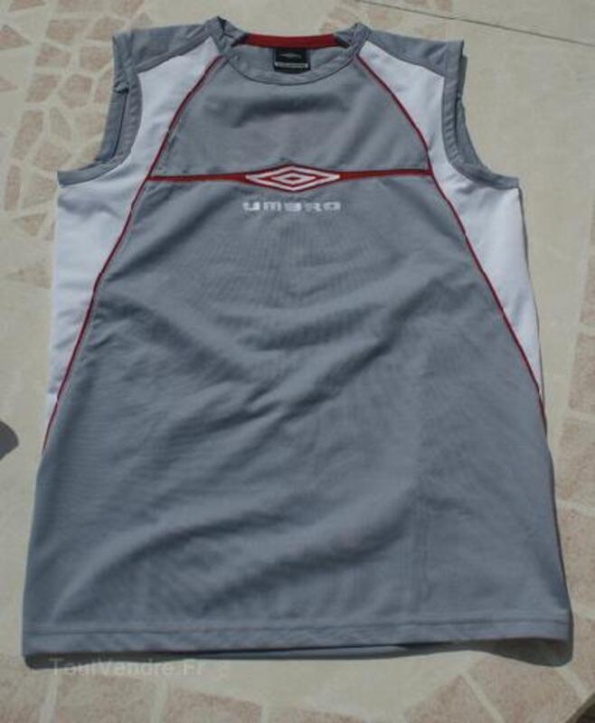 T-shirt/Débardeur gris UMBRO garçon T.14 ANS 105419249