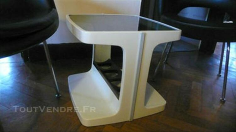 Table  basse bar  pop ,seventies  en  plastique 86275182