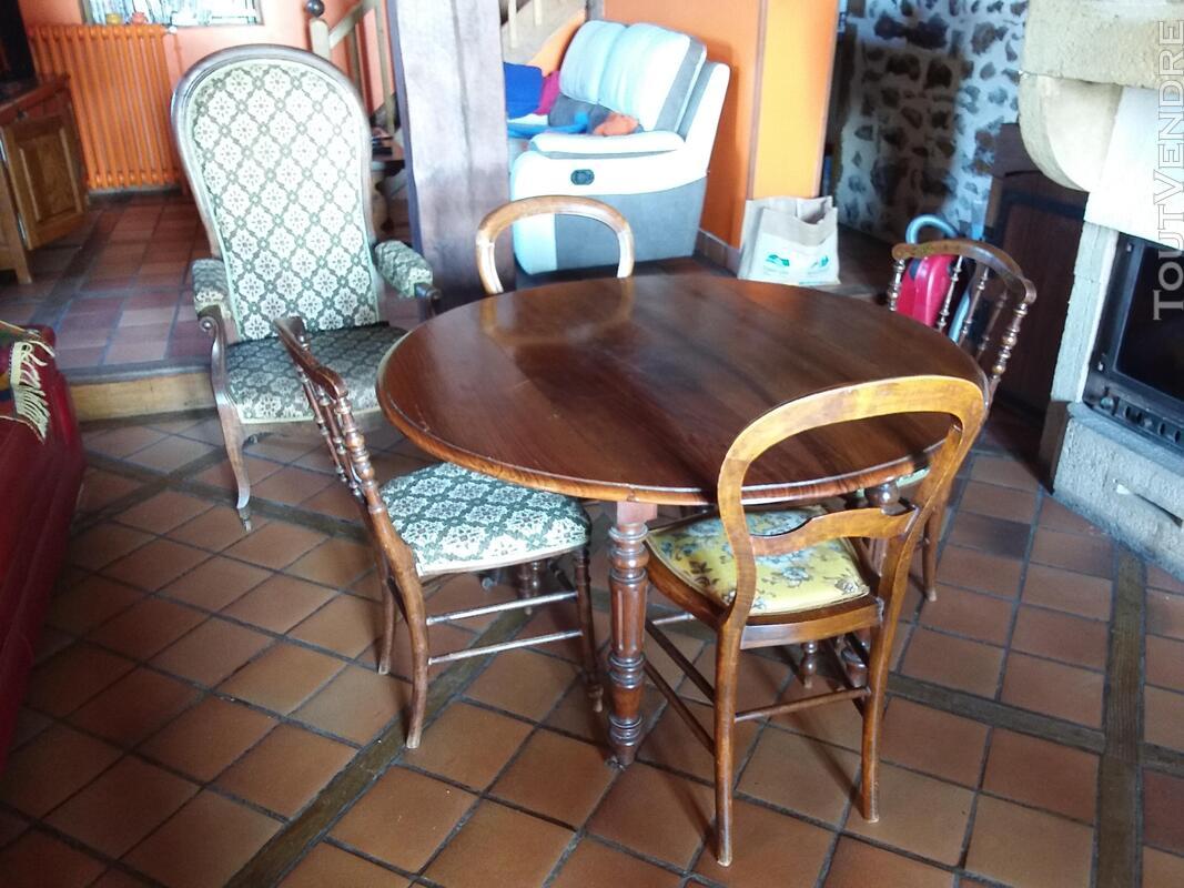 Table chaises fauteuil voltaire 621637848