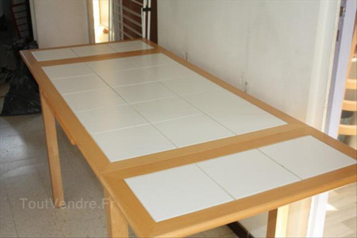 TABLE CUISINE CARRELEE BLANCHE + 4 CHAISES COULEUR MIEL 55876451