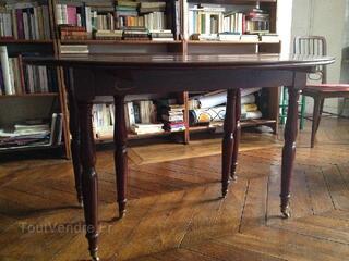 Table de salle à manger acajou style Louis-Philippe