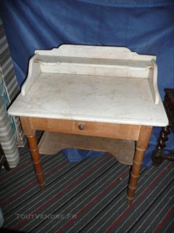 Table de salle de bain ancienne - dessus marbre 82562506
