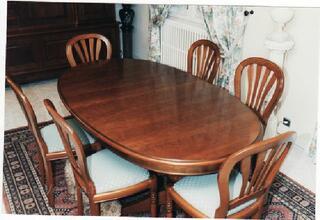 Table de salon merisier style louis philippe