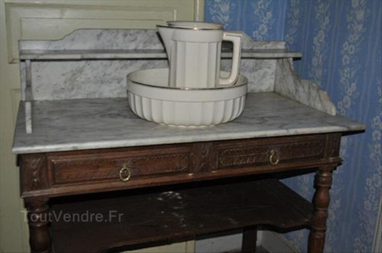Table de toilette 87354896