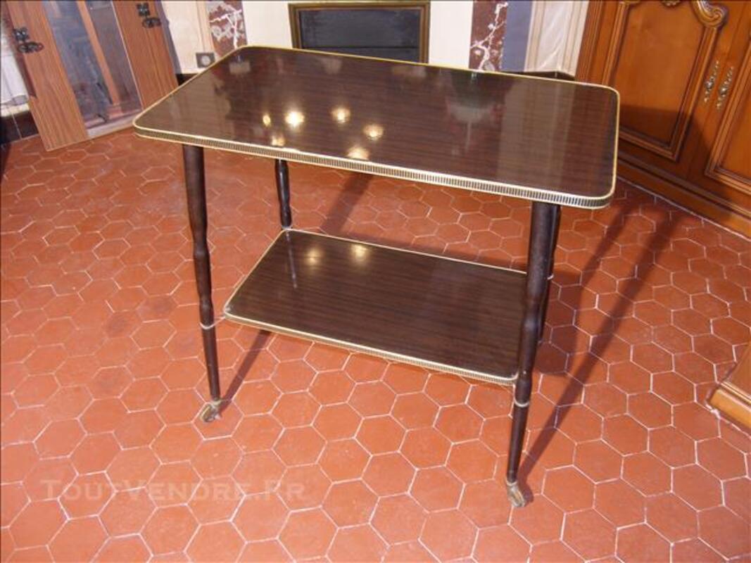 Table desserte / télévision années 60, vintage. 85095283