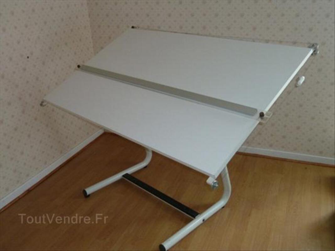 Table dessin industriel 64561323