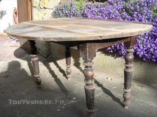 Table en bois ancienne pliante ovale
