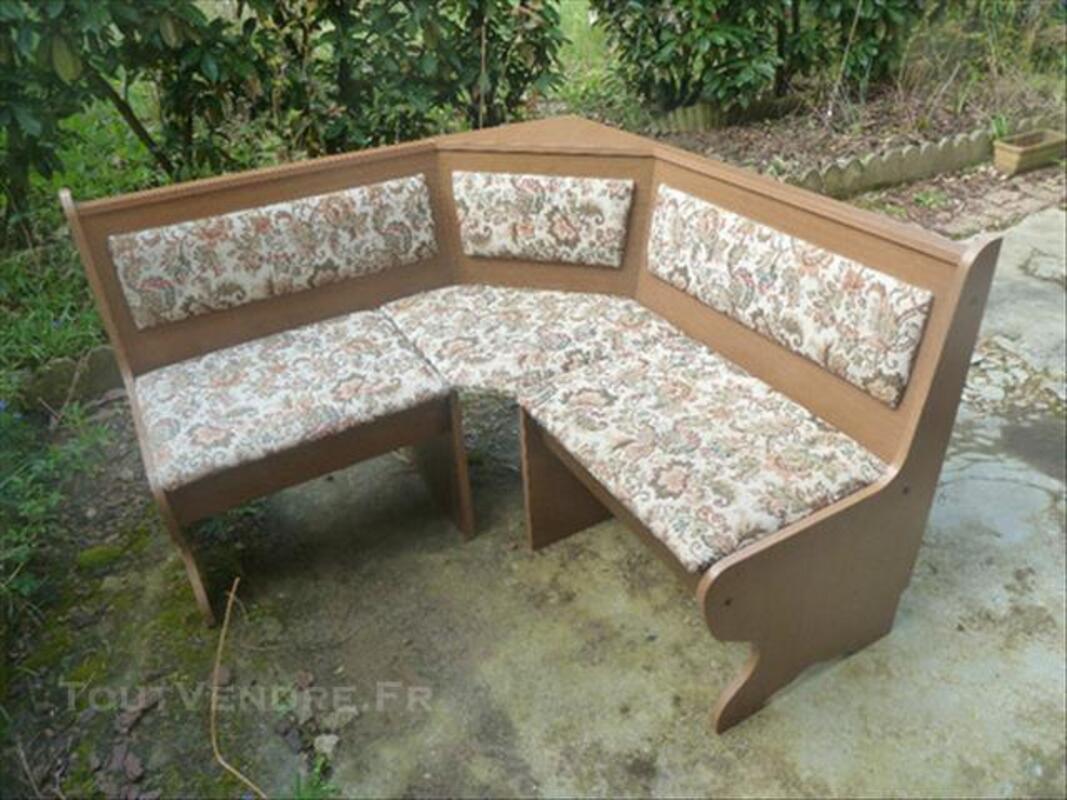 Table en bois de cuisine avec son banc 84648602