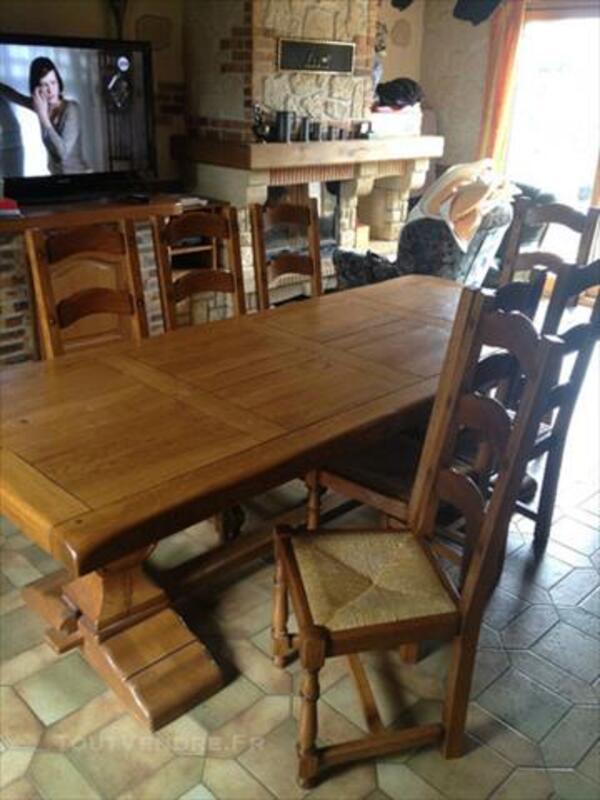 Table en chêne et 8 chaises monastère 84040563