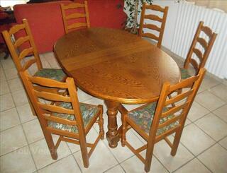Table en chêne massif + 6 chaises