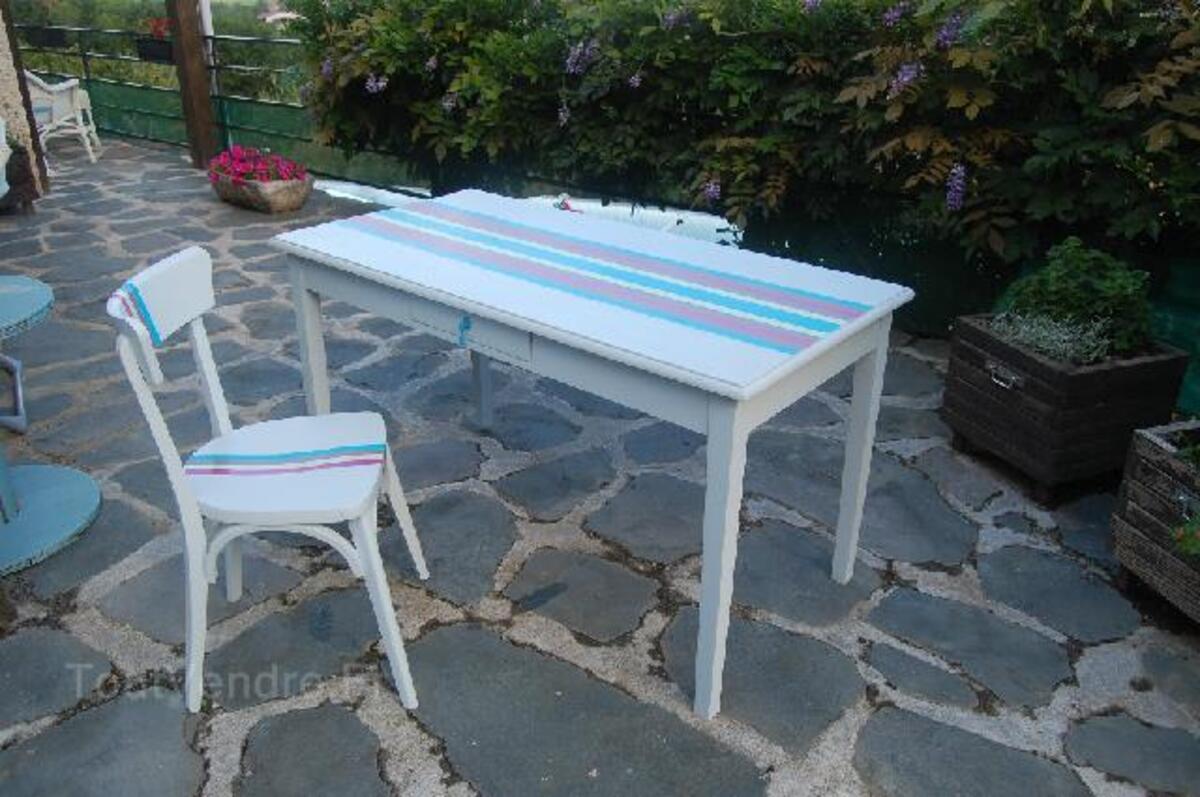 TABLE ET CHAISE 102501892