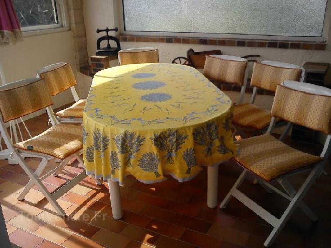 Table et chaises ALLIBERT 89832647
