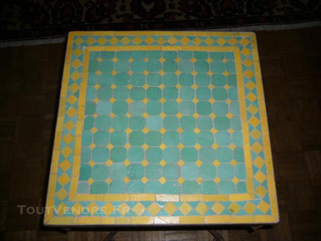 Table marocaine en zellige 77566041