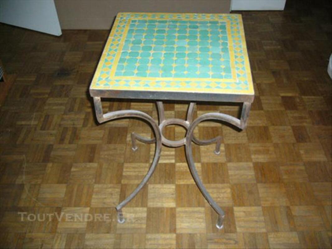 Table marocaine en zellige 77566044