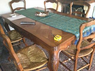Table rustique provençal + chaises
