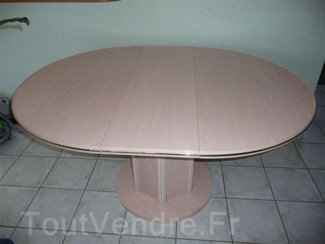 Table salle à manger ronde cérusé rose 92713762