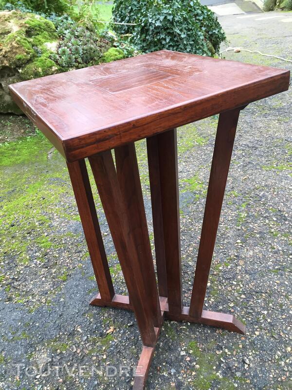 Table scellette 279545776