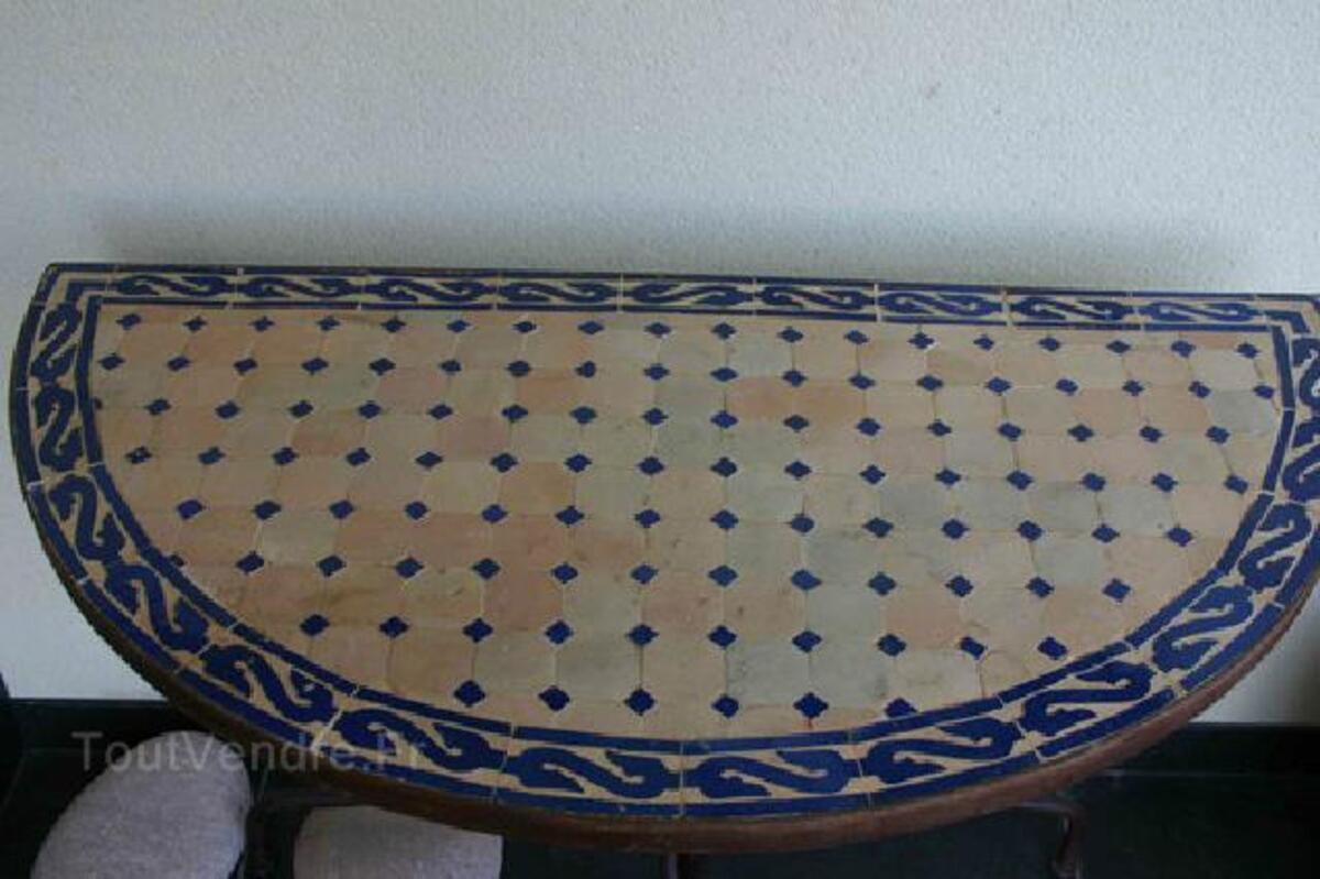 TABLE ZELLIGE FER FORGE - Demi ronde 92937474