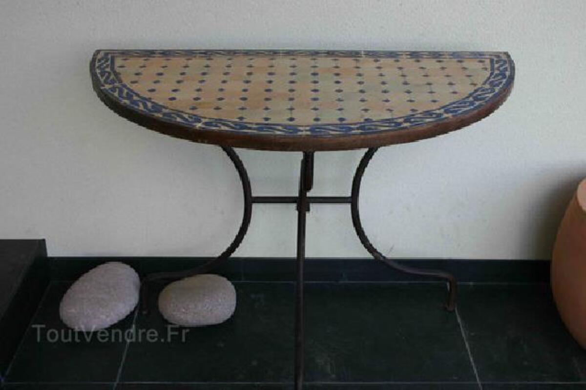 TABLE ZELLIGE FER FORGE - Demi ronde 92937475