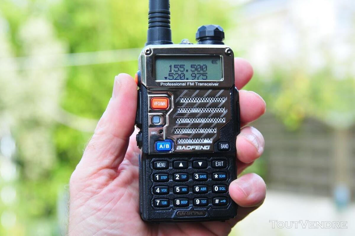 Talkie-walkie VHF-UHF UV-5R+ 600211505