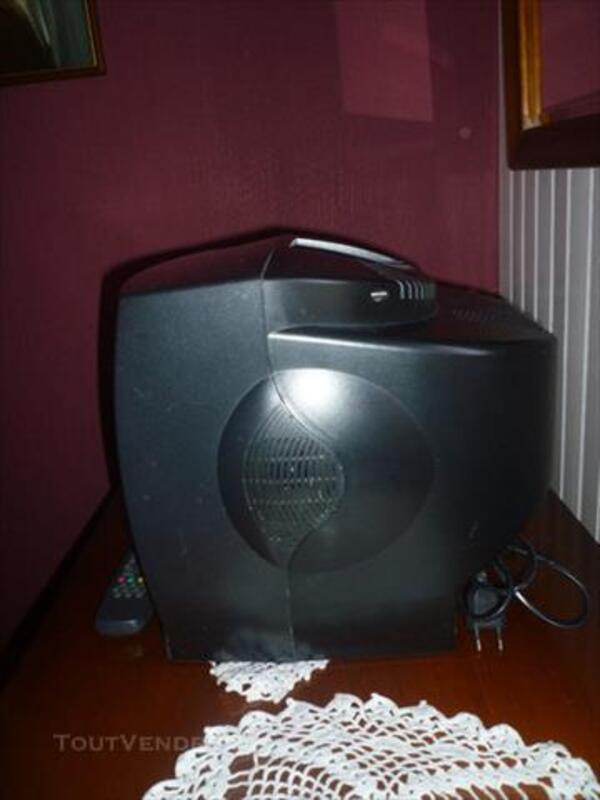Téléviseur BLUESKY de 36 cm noir 85264913