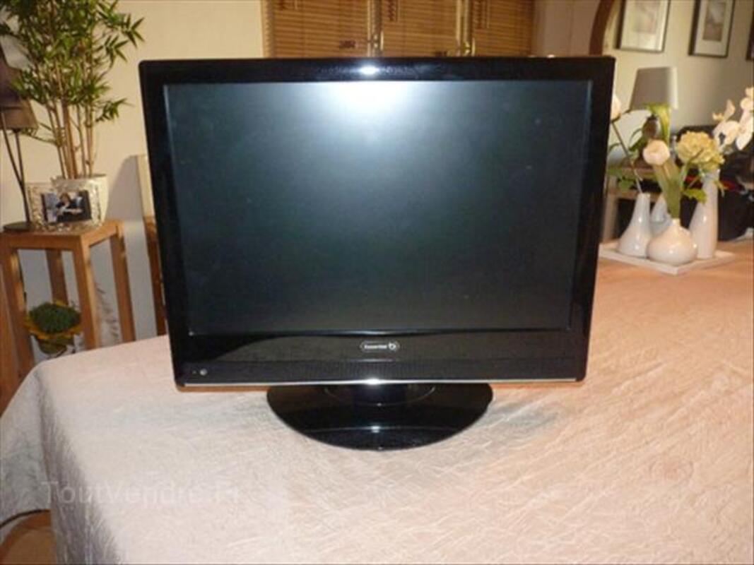 Téléviseur LCD 55921311