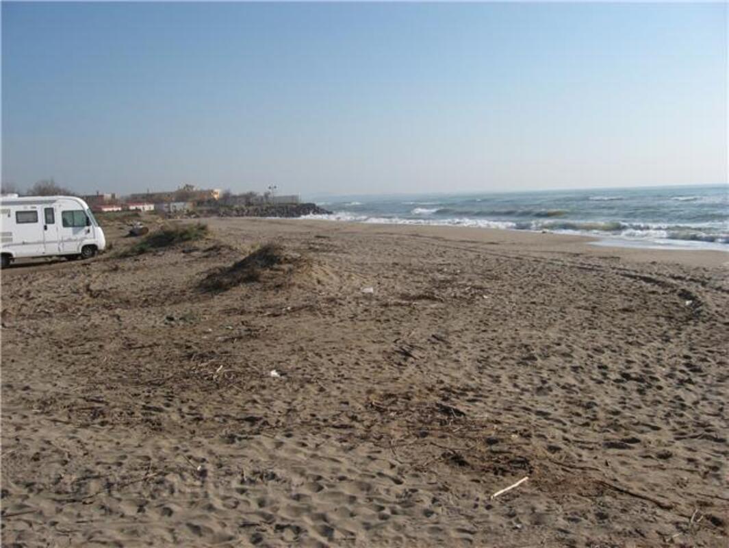 Terrain bord de mer 300m de la plage  VIAS 34450