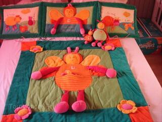 Tour de lit + tapis d'éveil moulin roty louna l'abeille