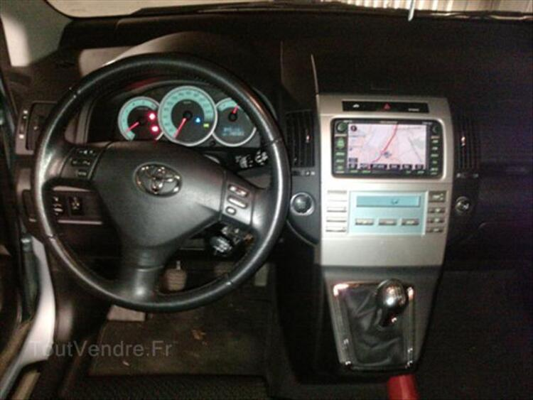 Toyota corolla verso 136 d-4d 7 places 56031067