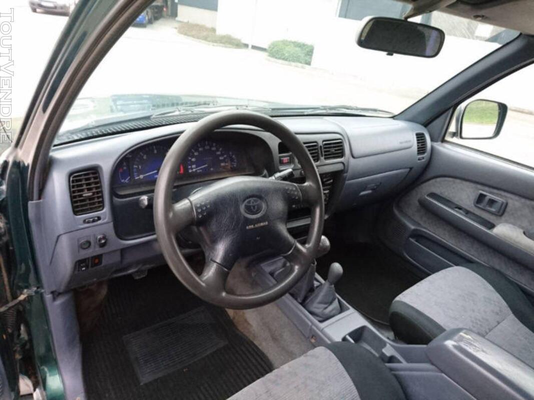 Toyota HiLux 4x4 Double Cab SR5 316222537