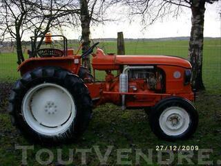 Tracteur agricole Renault D35