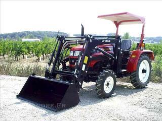 Tracteur + chargeur godet à terre
