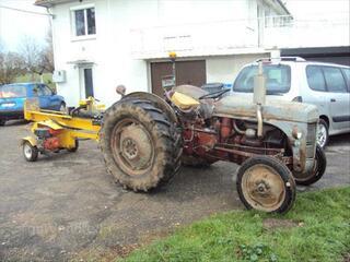 Tracteur massey ferguson FF30DS dit aussi petit gris