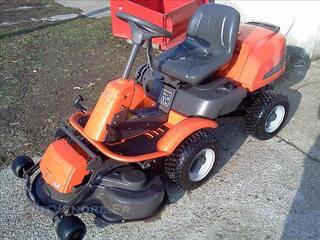 +++ Tracteur tondeuse Husqvarna Rider R16C AWD +++