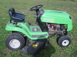 Tracteur Tondeuse - TRES BON ETAT -