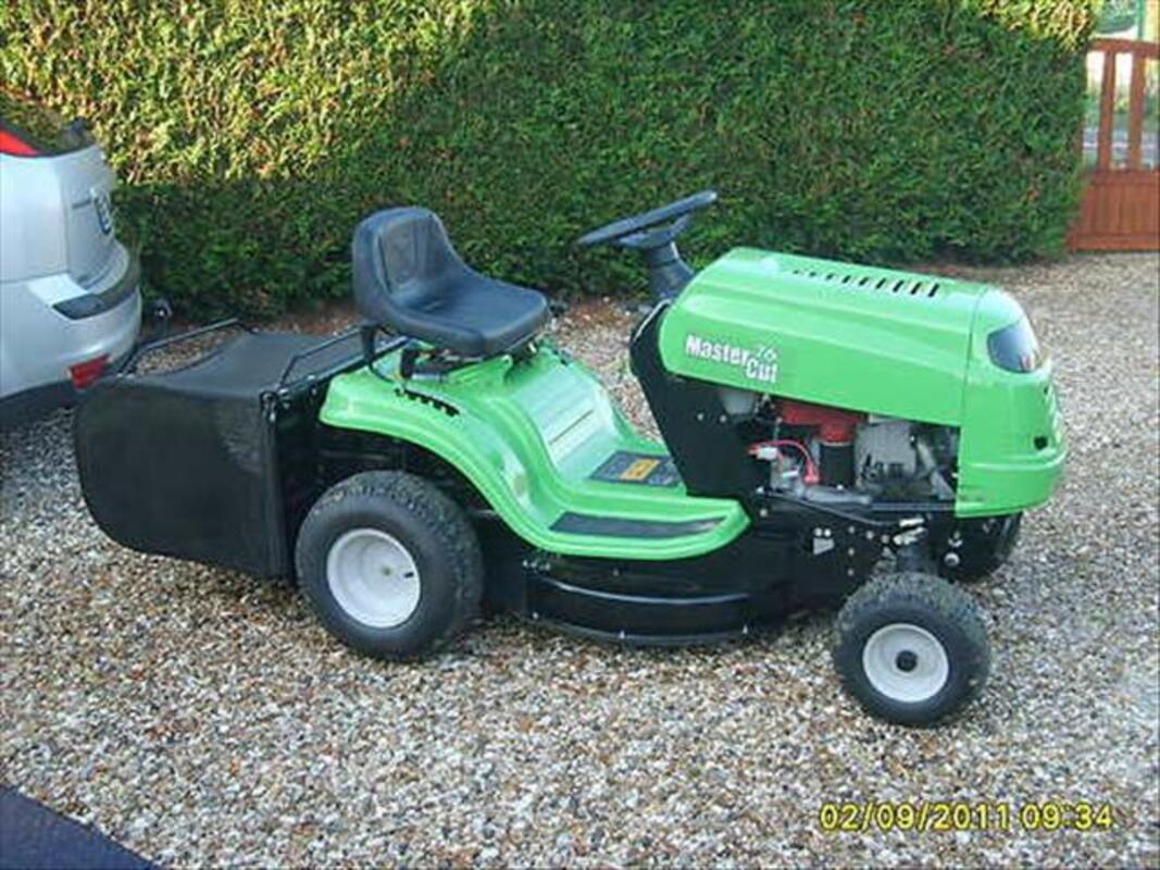 Tracteur tondeuse 71057277