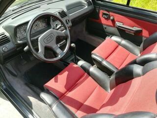 Très belle Peugeot 205 CTI convertible