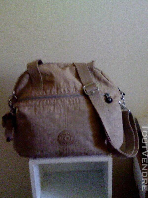 Très joli sac besace pour femme KIPPLING 257706037