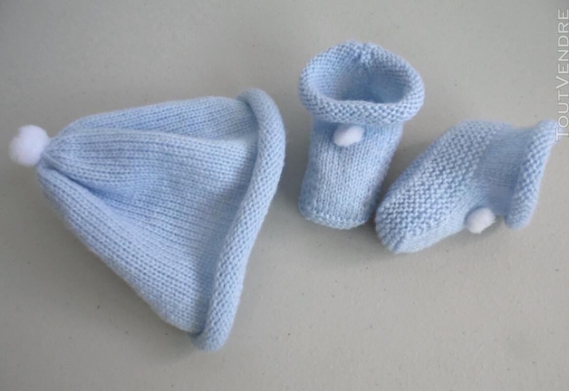 Tricot laine bébé fait main bonnet bleu à pompon 124117168