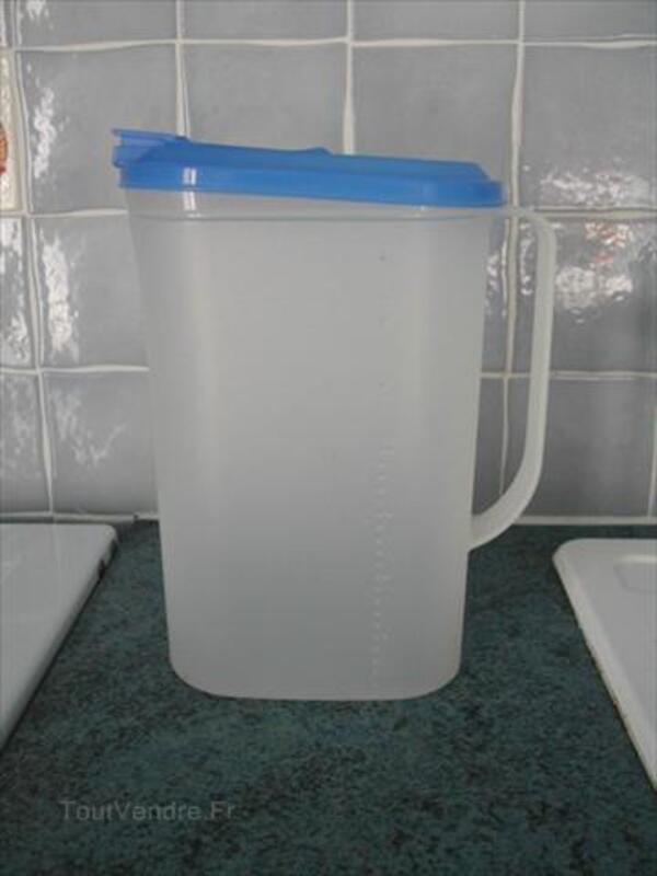 TUPPERWARE - PICHET avec bec verseur et anse - 2 litres 56183272