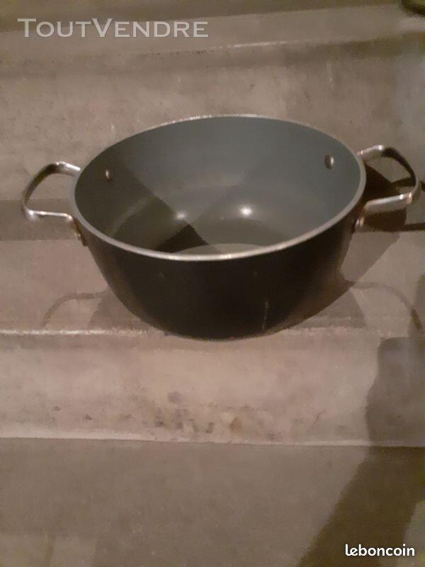 Une cocotte de cuisine une bonne affaire 684589267