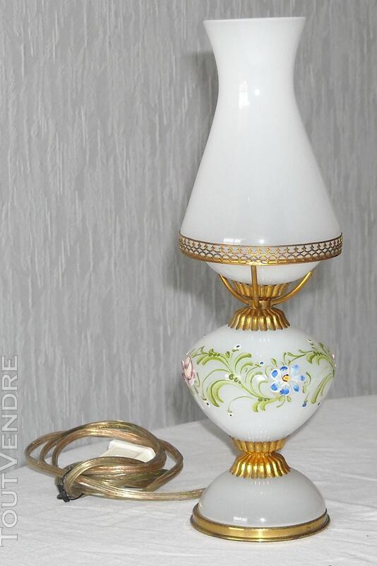Une petite lampe en verre de MURANO 450639312