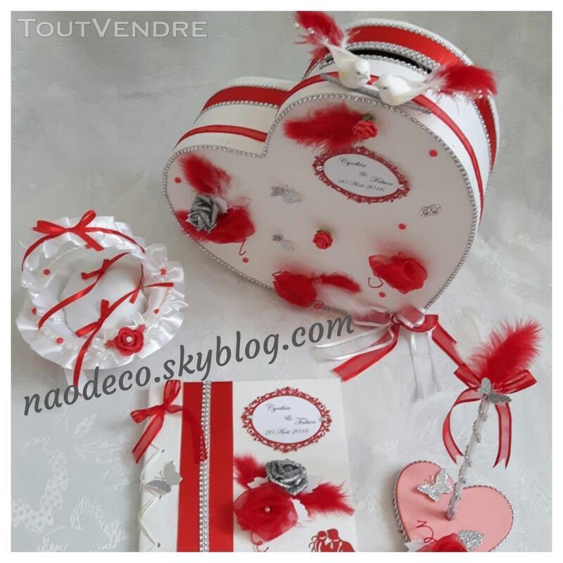 Urne mariage coeur blanc rouge 139102566